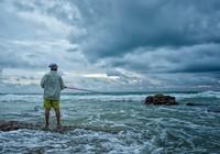 海钓技巧中正确的抛竿动作详解