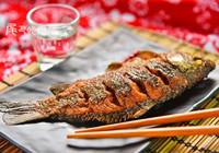 香酥可口鲫鱼的烹饪方法