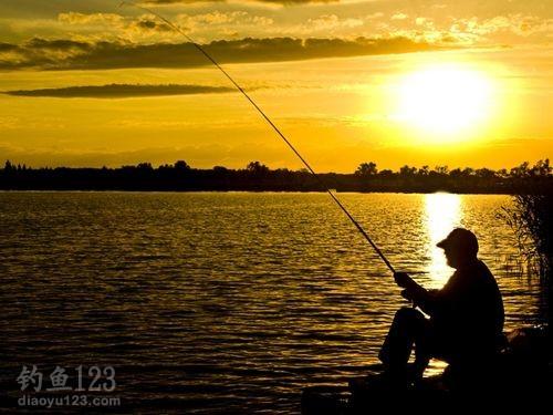 钓友分享渔具中铅坠的特点和使用技巧