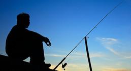 年轻人,任性!年轻的钓鱼人更任性!