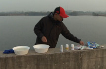《垂钓对象鱼视频》武汉天元冬季钓鲫鱼技巧讲解视频