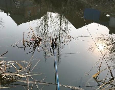 春節南通釣野河!古董級手竿配七星漂釣鯽魚還是很不錯!