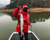 《丽娜的钓鱼日记》龙川湾探钓第五天,气温只有10℃,丽娜却钓得很开心