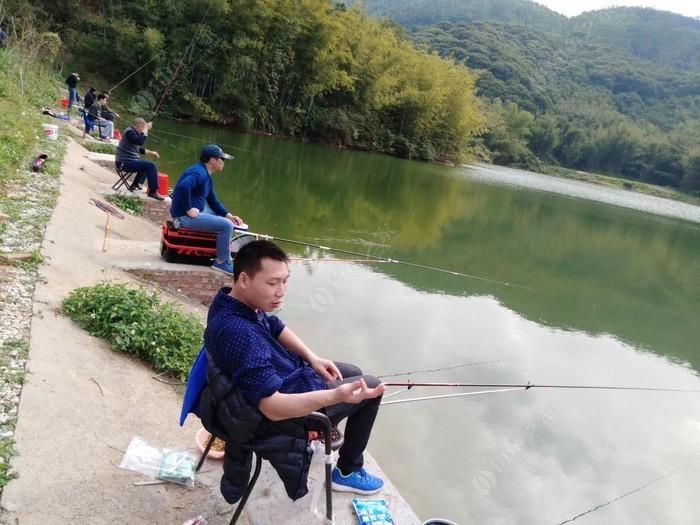 冯公湖生态钓场