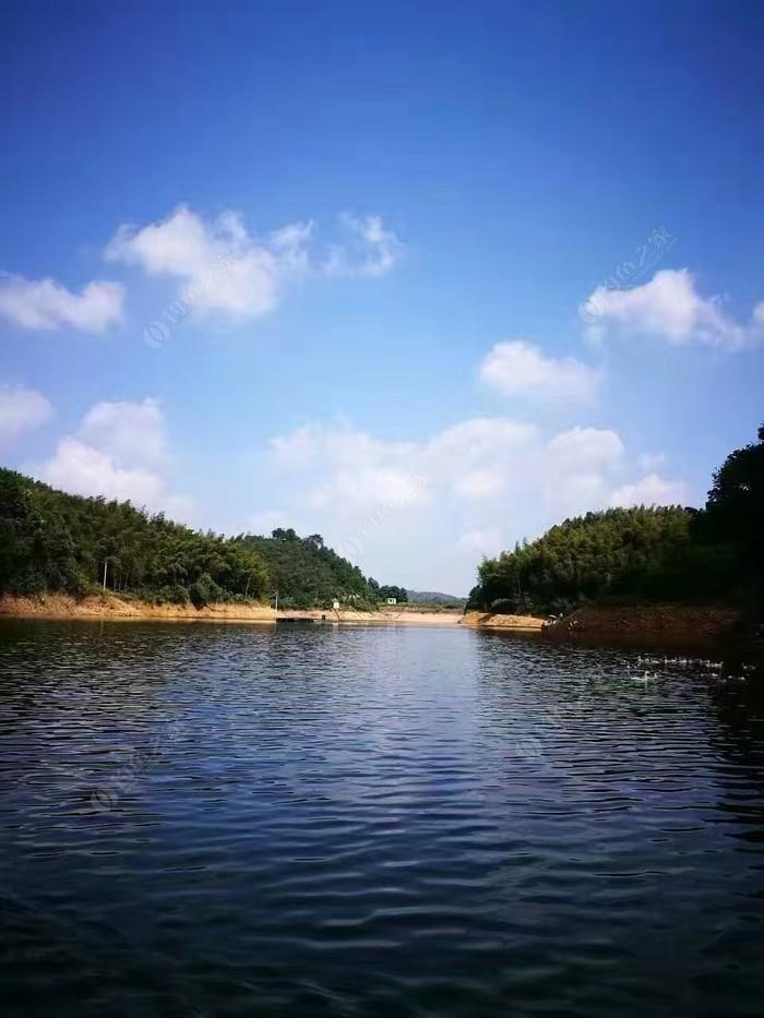 竹景村水库