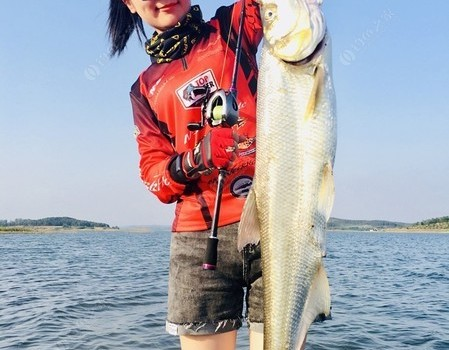 丽娜钓鱼日记46----湖北华阳河水库爆钓