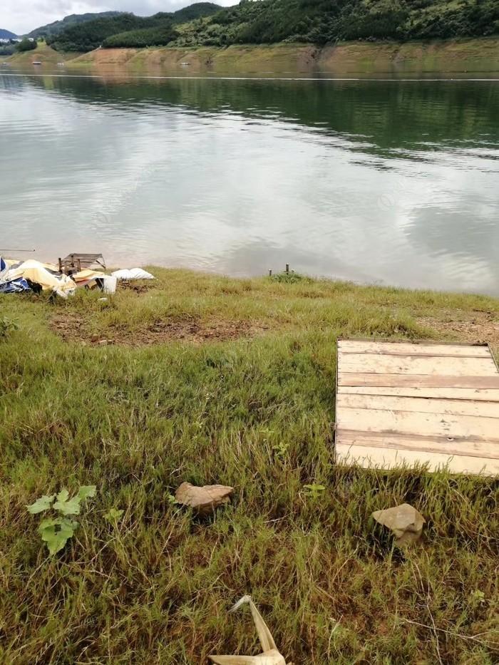 萬峰湖阿哩黃金釣場