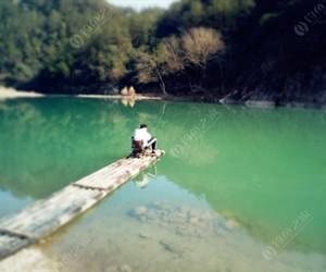 夏季传统钓鲫鱼的技巧