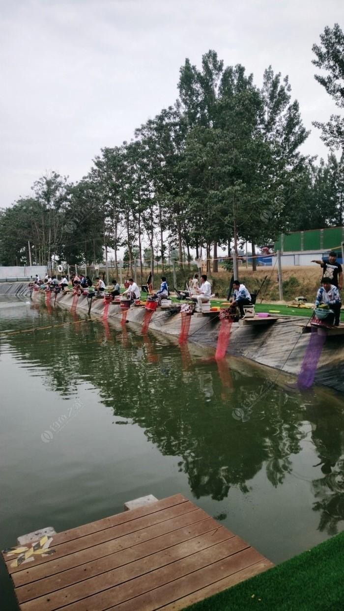 中华鲟垂钓园